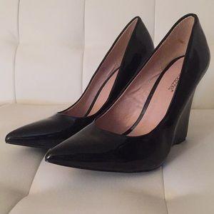 Black Pointed toe Wedge Heel Pump - Size 10